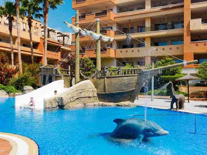 Vacaciones en la playa con ni os 14 cadenas de hoteles for Hoteles con piscina en cuenca
